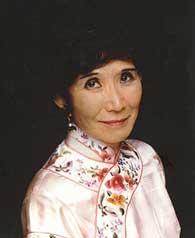 Adeline Yen Mah (pbworks.com)
