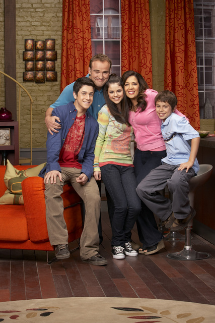 Wizards of Waverly Place (kidstvmovies.about.com)