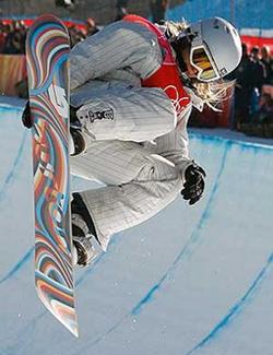 Hannah Teter Snowboarding (GirlsLife.com)