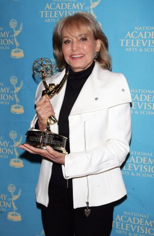 Barbara with an Emmy (http://photos.upi.com/story/t/550685d0be54584ee9441975978d4a1c/Walters-to-interview-Palin-for-ABC-News.jpg)