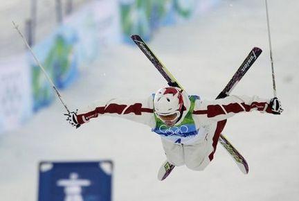 COOL (http://media.mlive.com/olympics_impact/photo/alexandre-bilodeau-14jpg-fb8d3ab48c7bd109_large.jpg)