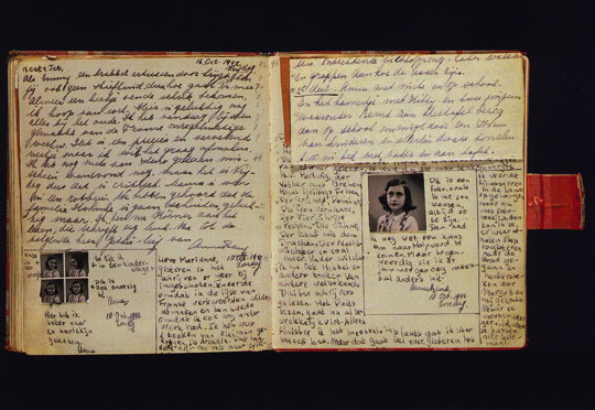 Anne's diary (http://jeffwerner.ca/images/journal/anne-frank-diary-open.jpg)