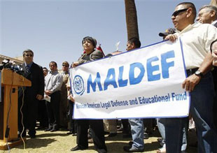 MALDEF President Thomas Saenz and supporters (cleveland.com)