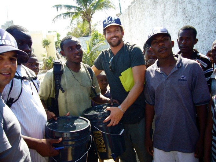 Jon Rose in Haiti (Waves For Water)