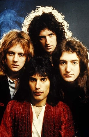 Mercury (bottom center) with his band mates from  (https://www.dailymail.co.uk/tvshowbiz/article-1169307/For-time--Queen-Ten-great-hits-sensational-rock-band-todays-The-Mail-Sunday.html)