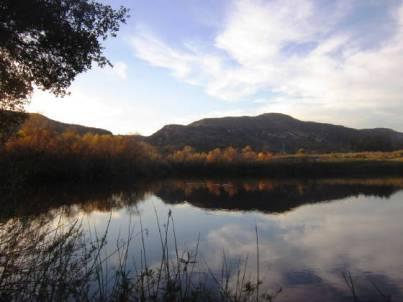 <b>Barbara's Lake (https://www.caopenspace.org/barbaraslake.html)</b>