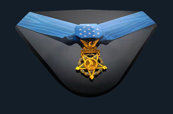 The Medal of Honor that was awarded to Jared Mont (http://www.bookofodds.com/var/site/storage/images/media/images/a0291-medal-of-honor/13844120-1-eng-US/A0291-Medal-of-Honor_leader.jpg)