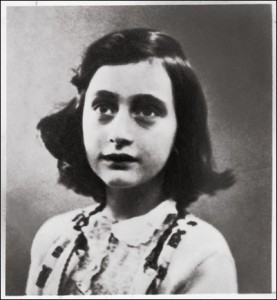 Anne Frank (http://blogwalker.edublogs.org/files/2010/05/anne_frank_3-277x300.jpg)