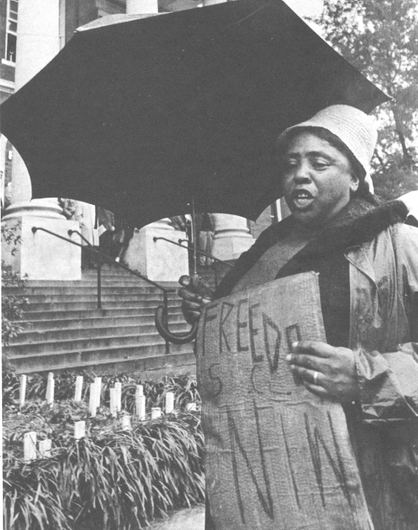 Freedom Day in Hattiesburg, Mississippi. Fannie Lou Hamer picketing for voting rights at the Forrest County courthouse, 1964. (photographs © Matt Herron ) (crmvet.org)