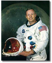 Commander Neil Armstrong (www.jsc.nasa.gov)