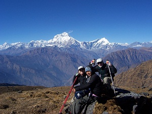 A new mountain guide and her clients. (EWN ())