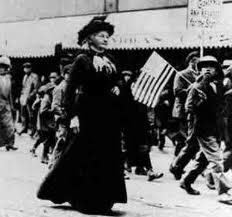 Mother Jones walking with mill children (http://www.eoearth.org/article/Mother_Jones_Speaks_to_Striking_Coal_Miners_(historical))