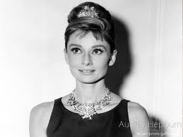 Audrey Hepburn (connect.in.com (connect.in.com))
