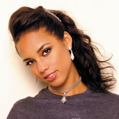 it is alicia keys (www.bing (www.bikyamasr.com))