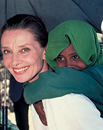 Audrey working for UNICEF (http://www.unicef.org/people/people_audrey_hepburn.html ())