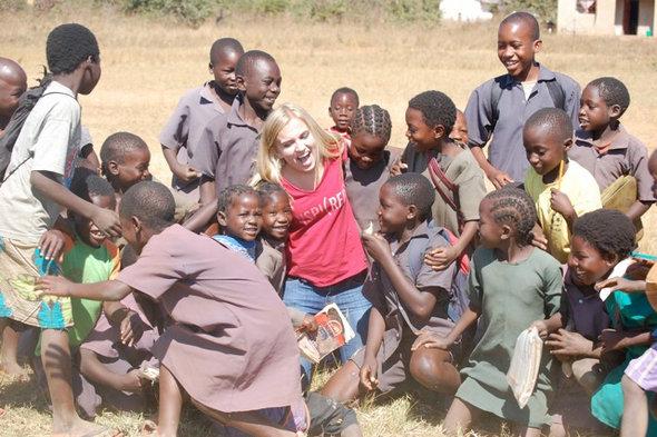 (http://mariashriver.com/blog/2011/11/kendall-ciesemier-founder-kids-caring-4-kids ())