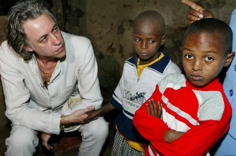 Bob Geldof in Ethiopia (http://www.smh.com.au/news/tv-reviews/the-band-aid-story/2008/06/13/1213321603906.html ())