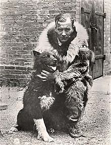 Balto with Gunner Kaassen  ( (Brown Brothers) Wikipedia)