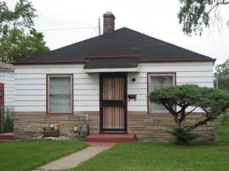 (Michael Jackson's Childhood Home on 2300 Jackson Street in Gary, Indiana. (The Michael Jackson Fan Club)