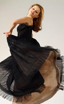 Sasha Cohen In The Studio (http://www.sashacohen.com/studioshots.shtml)
