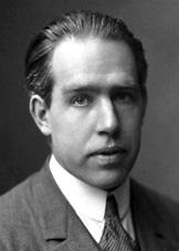 Niels Bohr  (nobelprize.org)