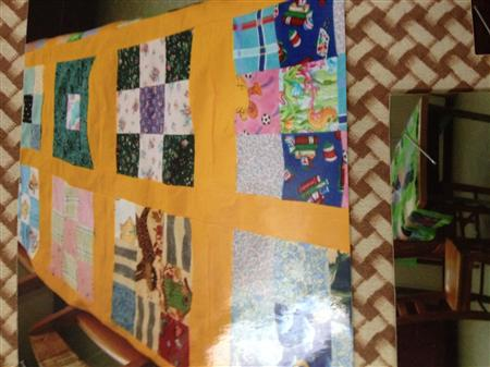 A picture of the quilt her students made ( (Terry Potvin))