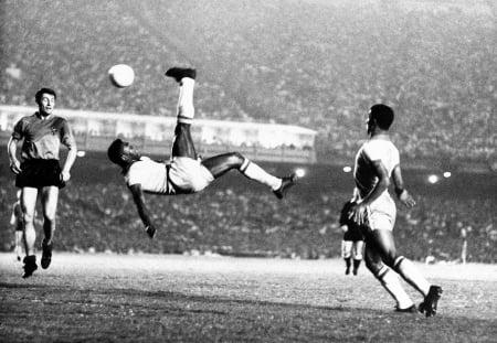 Pele's signature move, the Bicycle Kick  (Netreach)