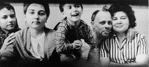 Sakharov and family