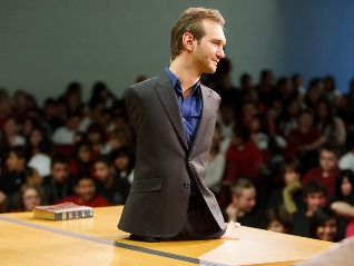 nick vujicic my hero nick vujicic giving a motivational speech pazazz