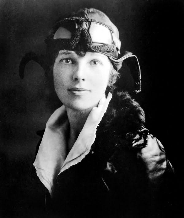 Amelia Earhart (http://sites.duke.edu/ ())