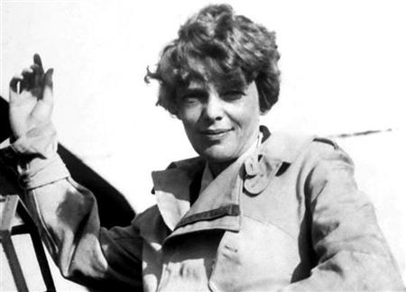 Amelia Earhart before take off (http://www.nydailynews.com/news/national/amelia-ea (Mansell for time life pictures))