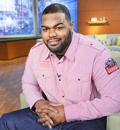 michael oher my hero michael talking about the blind side usmagazine com donna svennevik