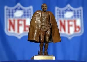 Walter Payton Man of the Year Award (http://8328-presscdn-0-65.pagely.netdna-cdn.com/wp ())