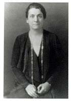 <a href=http://www.ssa.uchicago.edu/graphics/about/graceabbott1.jpg>Grace Abbott</a>
