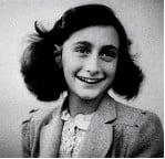 <a href=http://www.jbs-anne-frank.de/BILD/anne_frank-portait.jpg>Anne is 13 in this picture</a>