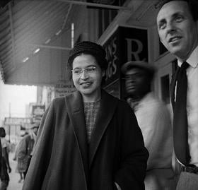 <a href=http://www.achievement.org/achievers/par0/large/par0-009.jpg>Rosa Parks </a>