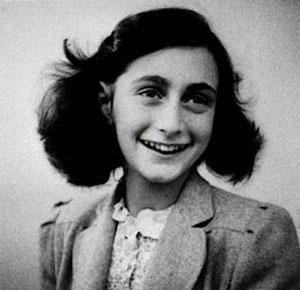 <a href=http://www.jbs-anne-frank.de/BILD/anne_frank-portait.jpg>Anne Frank</a>