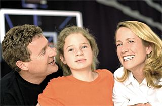 Randall, Elisa and Elisabeth Linton (Raptors Foundation)