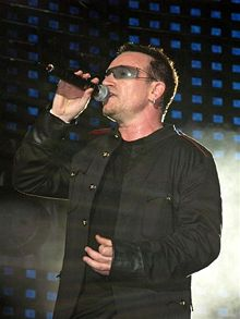 Bono in Honolulu  (Wikipedia)