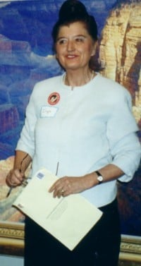 Inge Sargent at the UN Association Ceremony in 2000.