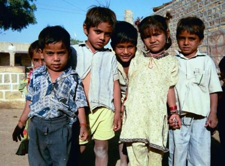 <a href=http://www.edwebproject.org/spotlight/archives/india/jaisalmer.dalitkids.jpg>Dalit children</a>