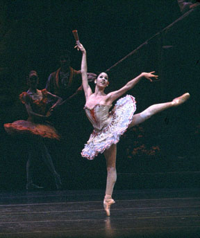 Paloma Herrera as Kitri in Don Quixote.  Photo courtesy of <a href='https://www.abt.org' target='new'>American Ballet Theatre </a>, Photo by MIRA