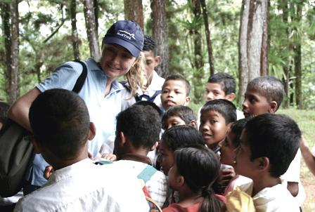 Alexandra and Community Kids (Alexandra Cousteau)