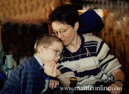Jeni and her son Mattie (MattieOnline.com)