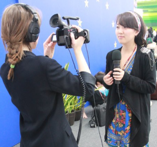 Slater interviews Yiting Wang at COP16 in Mexico, (Jared Schy)